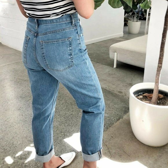 Everlane Denim - Everlane High Rise Cheeky Straight Jean (Ankle)